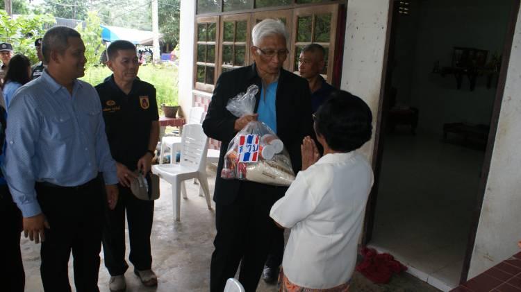 รัฐมนตรีประจำสำนักนายกรัฐมนตรี (นายสุวพันธุ์ ตันยุวรรธนะ) ประธานกรรมการกองทุนหมู่บ้านและชุมชนเมืองแห่งชาติ ได้ลงพื้นที่ติดตามตรวจเยี่ยมการดำเนินงานกองทุนหมู่บ้านและชุมชนเมืองและโครงการเพิ่มความเข้มแข็งของเศรษฐกิจฐานรากตามแนวทางประชารัฐ  สทบ.สาขา 9